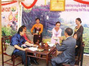 Trà Thái Nguyên trong lòng bè bạn